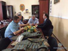 Мукачівським поліцейським подарували бронежилети