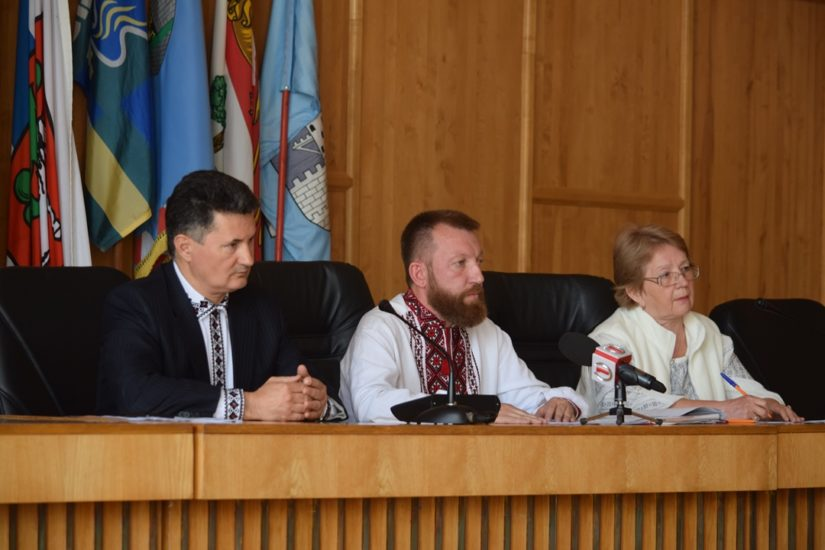 В Ужгородській міській раді відбулися громадські слухання з перейменування вулиць