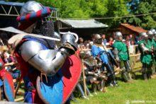 СЕНТ-МІКЛОШ НА ТРИ ДНІ ВІЗЬМУТЬ У ОБЛОГУ лицарі
