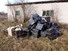 На Ужгородщині викрито нелегальний склад тютюнової контрабанди