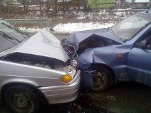 У зіткненні двох легковиків  на Рахівщині  одна людина загинула та троє травмовано