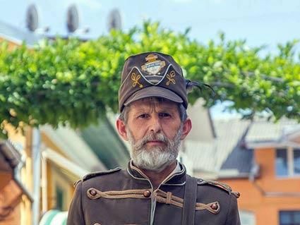 Новим туристичним персонажем міста над Ужем став дядя Ваня