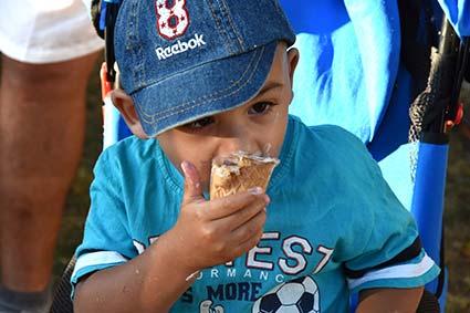 Понад 2 тисячі порцій морозива роздали на святі