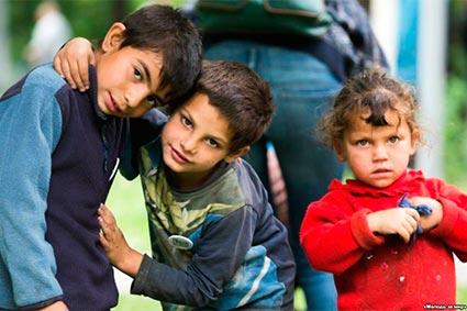 Більше половини ромів краю – діти,