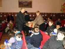 У День Святого Миколая рятувальники з подарунками завітали до дітей Часлівської школи-інтернату