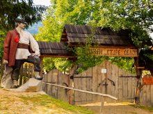 Краєзнавці України вивчали досвід комплексу «Старе село»