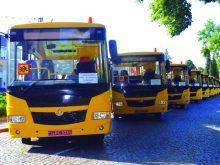 Нові шкільні автобуси отримали десять районів краю