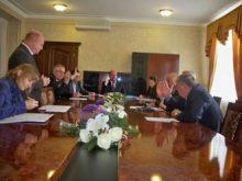 Депутати облради вирішили звернутися до уряду щодо несвоєчасного проведення платежів