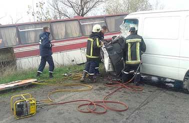 Поблизу Мужієва в аварію потрапив автобус Ужгород—Чернівці