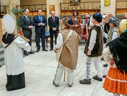 Словацькі діти заколядували закарпатцям
