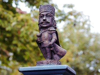 Ференц Ракоці II  в Мукачеві у міні-скульптурі