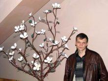 У Виноградові зацвіло… залізне дерево
