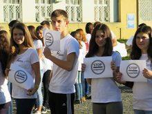 27 жовтня в Ужгороді відбувся флеш-моб «STOP корупція!