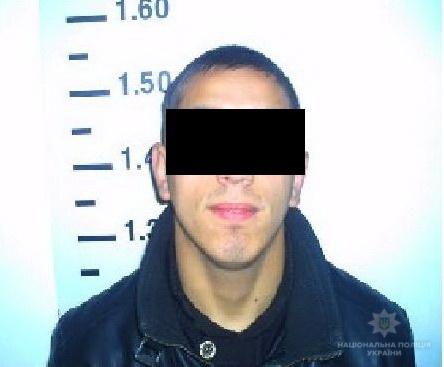 Поліцейські Ужгорода затримали грабіжника