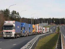 Нашими дорогами за добу проїхало 58 російських фур