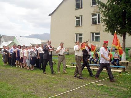 Випускники повернулися  до «радянської школи»
