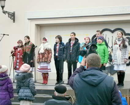 Театральна на Різдво «колядувала»