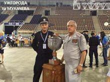 У міжнародному автопробізі поліцейських патрульні Ужгорода та Мукачева представляли Україну