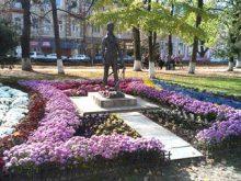 Петефі зацвів кольорами України  і Угорщини