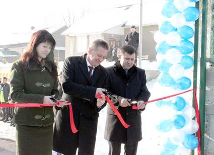 Спортмайданчик з акриловим покриттям відкрили на Свалявщині