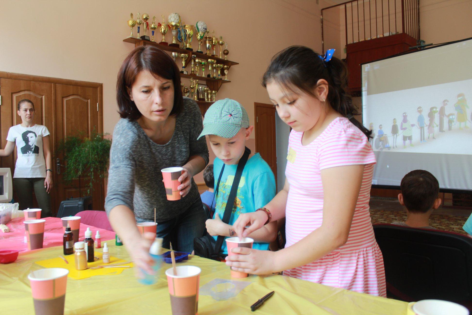 «Щасливі діти» взялися вирішити екологічні проблеми з громадою Кам'яниці