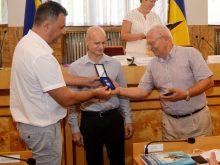 Михайло Рівіс на колегії департаменту освіти краю високо оцінивневтомну працю вчителів, які старанно готують призерів