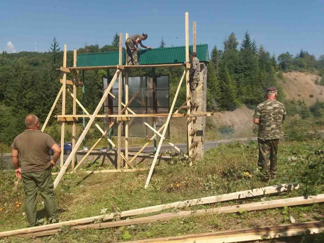 Лісові газди на Воловеччині розпочали облаштуванні території лісового фонду та контор лісництв