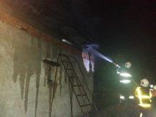 Берегівські вогнеборці ліквідували пожежу у житловому будинку