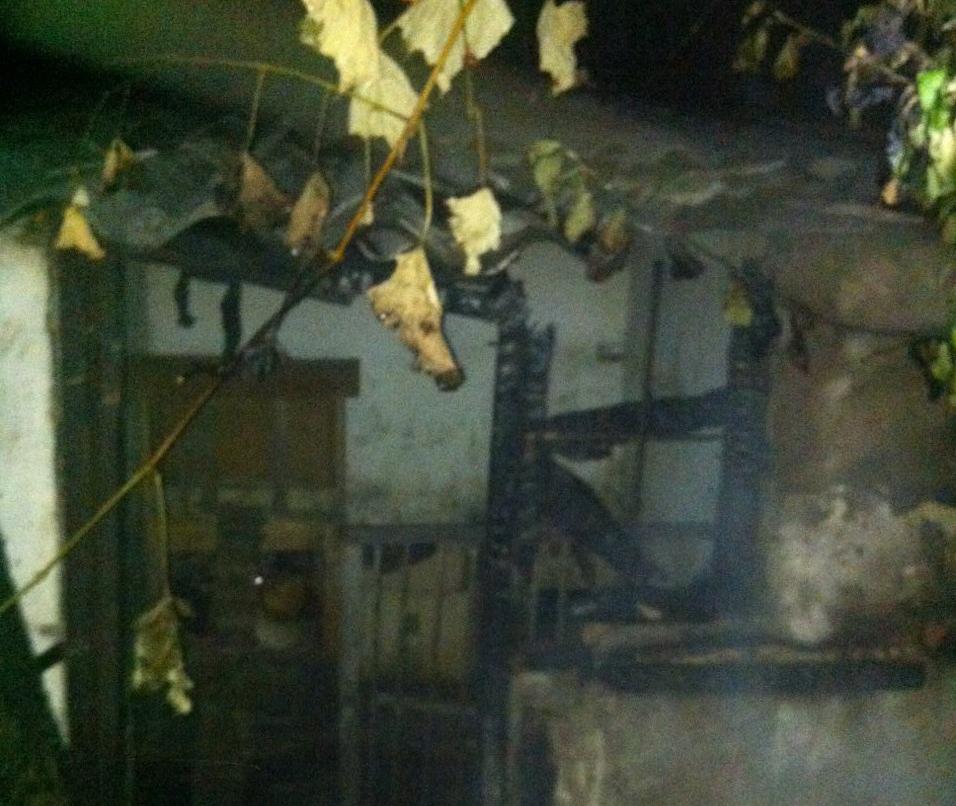 Берегівські вонеборці ліквідували пожежу в господарській будівлі