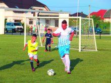 Футбольна знаменитість Кобін гратиме за «Минай»