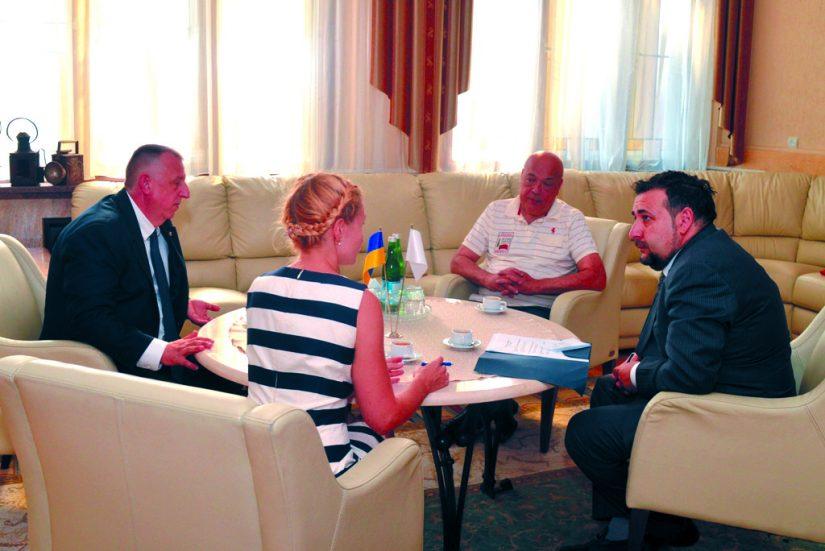 Керівники краю обговорили з Послом Республіки Кіпр альтернативну енергетику й туризм на Закарпатті