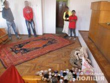 Перечинські правоохоронці на крадіжках з приватних будинків викрили трьох мешканців Порошкова