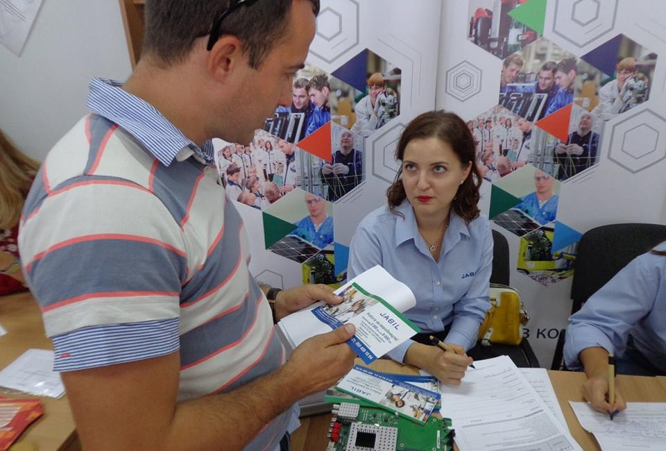 На Ярмаркукар'єри в Ужгородіроботодавці пропонували близько 500 вакансій