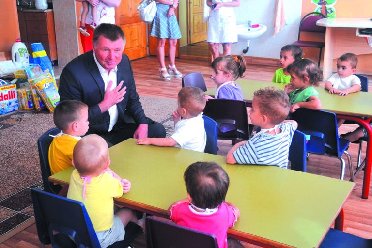 Обласний сиротинець у Сваляві проінспектував Йосип Борто
