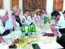 ПРОФЕСІЙНІ ДЕГУСТАТОРИ УКРАЇНИ ВИЗНАЧИЛИ НАЙКРАЩИХ. Серед переможців – і закарпатські вина