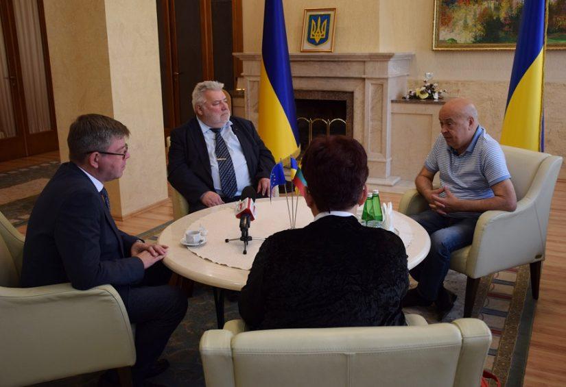 ПЕРСПЕКТИВИ СПІВПРАЦІ З КРАЇНАМИ ПРИБАЛТИКИ голова ОДА обговорив із Послом Литви