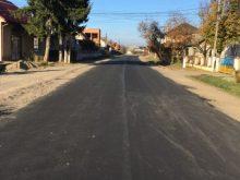 На Тячівщині продовжили ремонт дороги «Тересва – Нересниця»