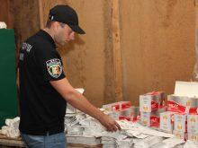 На Закарпатті податкова міліція ліквідувала підпільний цех з виробництва фальсифікованих цигарок