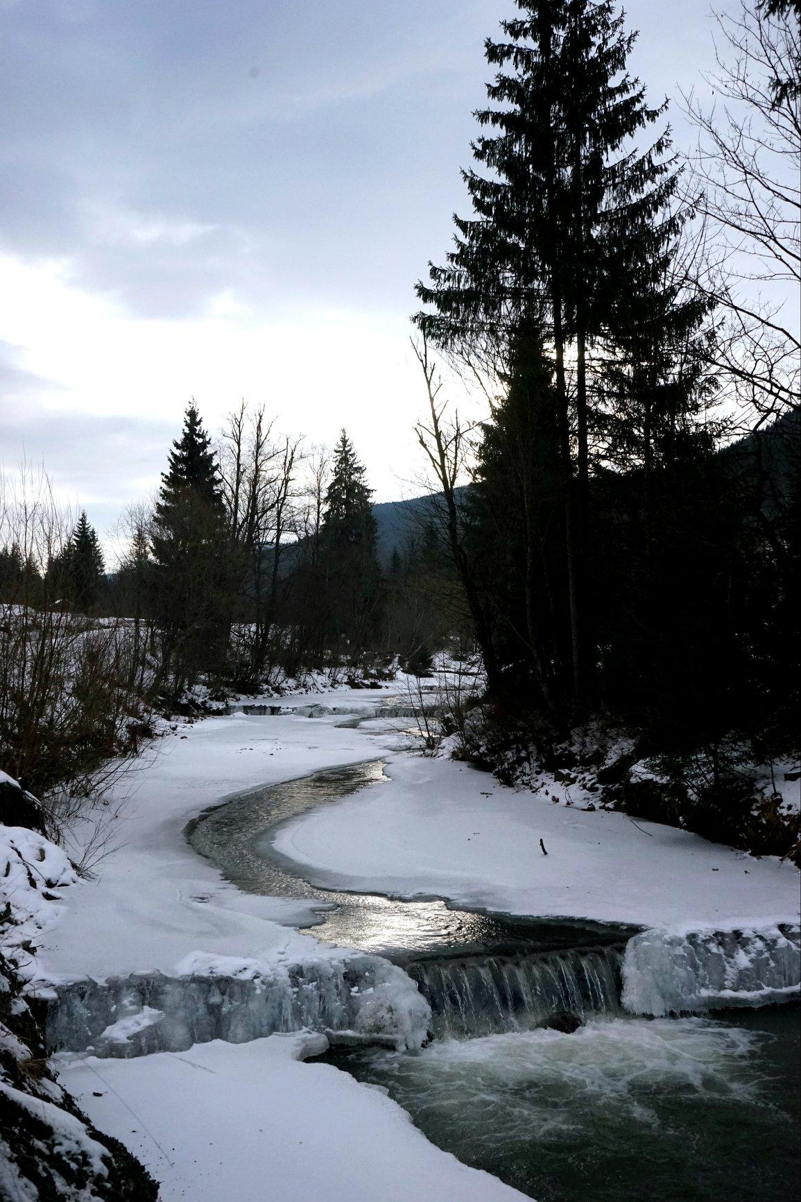 Норовисті води Щауля стримують дев'ятнадцять перепадів
