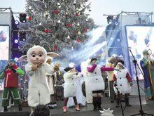 ГОЛОВНА ЯЛИНКА краю запалила вогні на Миколая і зібрала сотні дітей із усіх куточків області