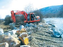 Берегоукріплення, переробка сміття й реконструкція очисних – у природоохоронній програмі