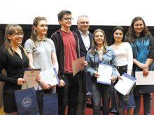 УжНУ ВІДКРИТИЙ  ДЛЯ ТАЛАНОВИТОЇ МОЛОДІ Університет демонстрував свій потенціал мукачівським школярам