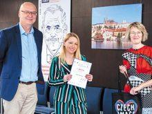 Ужгородська художниця-історик перемогла в міжнародному перекладацькому конкурсі