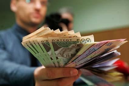 Боргів по зарплаті не буде – до кінця року держава має розрахуватися  з усіма бюджетниками