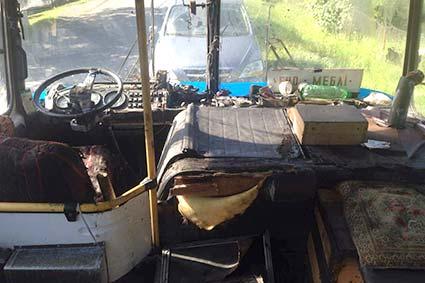 Під час руху загорівся автобус. Постраждав водій