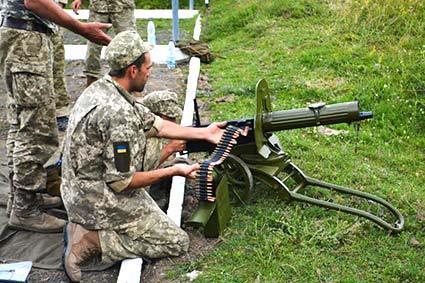 Від «Максима» до гранат: резервісти вчаться обороняти свій край